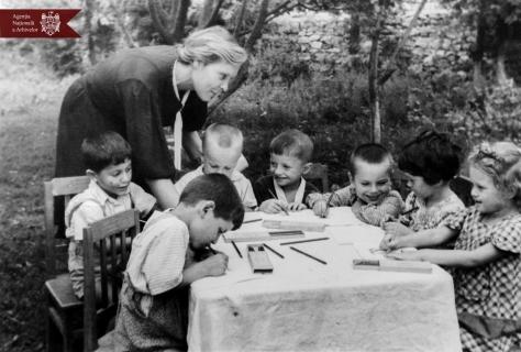 Grădinița Nr. 1 din orașul Rezina, anul 1949, indice: 9366, autor - Gorelov