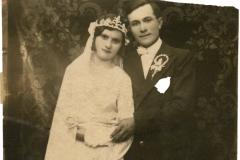 "Mirii Chirilă Melnic și Olga. Basarabia, Regatul României. Sursa: Mihai Flavia, cl.  a XII ""D"", IPLT ""Gh. Asachi"""