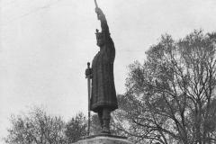 """Aspectul monumentului """"Ștefan cel Mare"""", sculptor  Alexandru Plămădeală."""
